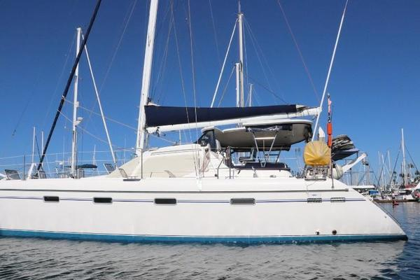 Picture Of: 44' Privilege Privilege 445 2008 Yacht For Sale | 1 of 72