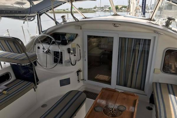2002 Dean 48' 440 Custom DEAN'S CAT | Picture 6 of 27