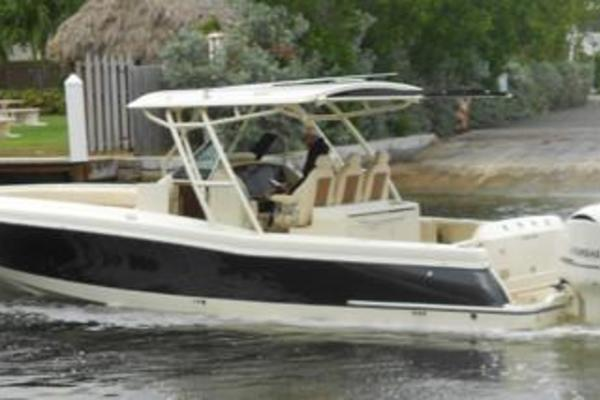 Picture Of: 34' Chris-Craft Catalina 2016 Yacht For Sale | 2 of 24
