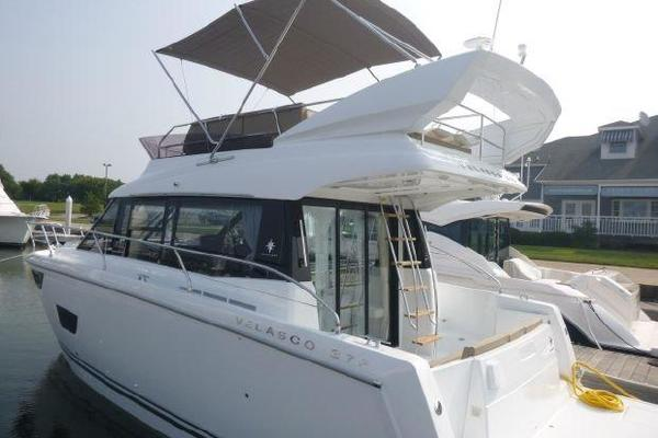 Picture Of: 37' Jeanneau Velasco 2016 Yacht For Sale   3 of 21