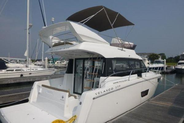 Picture Of: 37' Jeanneau Velasco 2016 Yacht For Sale   4 of 21