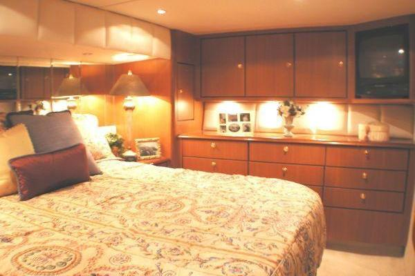 2000 Ocean Yachts 56' Supersport CRACKERJACK | Picture 5 of 47