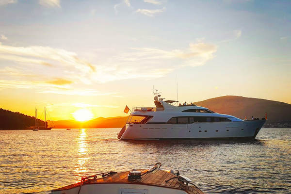 1998 Bugari 90' Motor Yacht LADY MIKKI   Picture 4 of 23