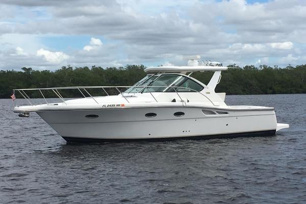 32' Tiara 3200 Open 2006 | Magic Carpet