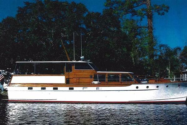 57' Trumpy Flush Deck Cruiser 1958 | Christy Girl