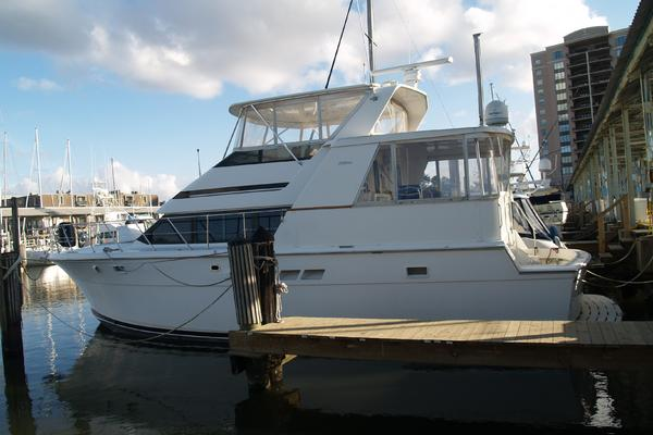 Picture Of: 48' Hatteras 48 Cockpit Motoryacht 1996 Yacht For Sale | 3 of 27