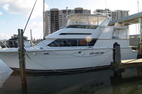 Picture Of: 48' Hatteras 48 Cockpit Motoryacht 1996 Yacht For Sale | 4 of 27