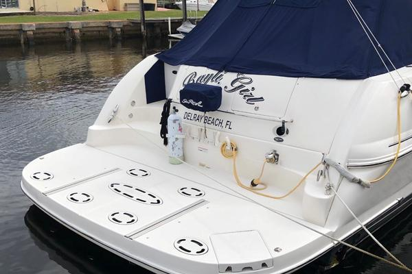 Picture Of: 52' Sea Ray 52 Sundancer 2007 Yacht For Sale | 3 of 48