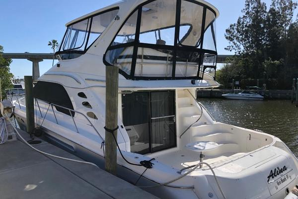 Picture Of: 56' Sea Ray 560 Sedan Bridge 1999 Yacht For Sale | 2 of 60
