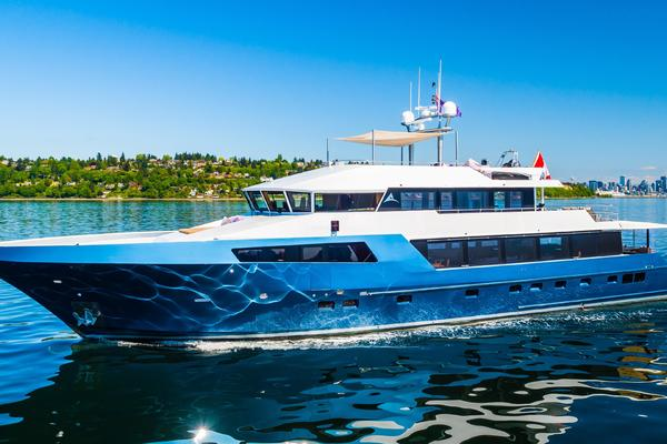 112' Westport Custom with Gregory Marshall Design 1994 | ASCENTE