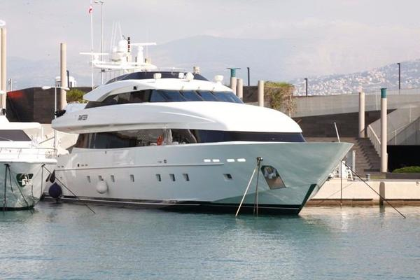 1998 Trident 127' Motor Yacht TAMTEEN | Picture 3 of 33