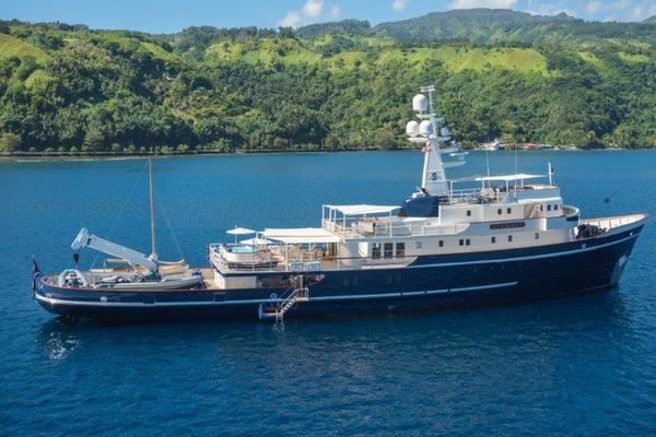 Custom Expedition Yacht