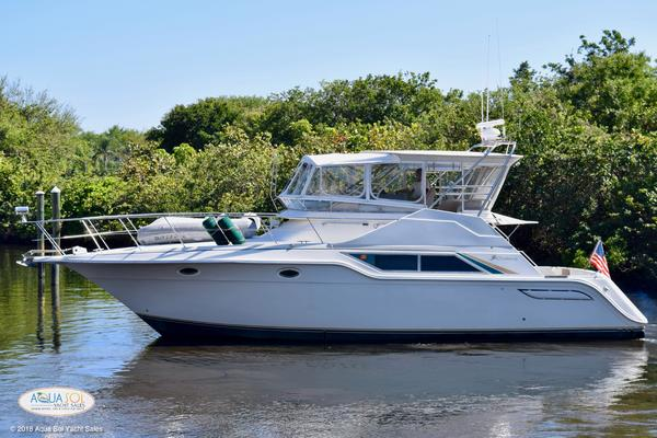 42' Cruisers Yachts 4285 Express Bridge 1989 | Bountiful