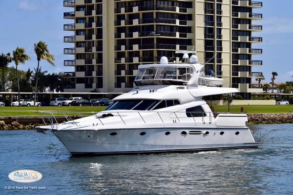 Johnson 58' 58 MotorYacht 2003