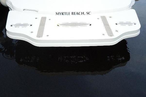 2006 Sea Ray 34' Hydraulic Swim Platform & Bow Thruster Hydraulic Swim Platform & Bow Thruster | Picture 3 of 28