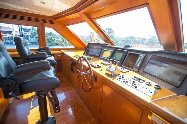 2001 Hargrave 90' Enclosed Bridge Motor Yacht Common Cents | Picture 3 of 73