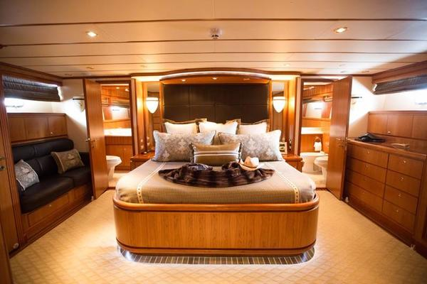 2001 Hargrave 90' Enclosed Bridge Motor Yacht Common Cents | Picture 8 of 73