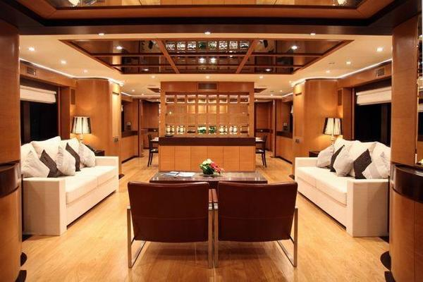 2016 IAG 127' Primadonna Hull 3 | Picture 4 of 32