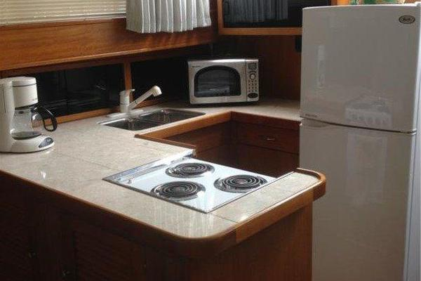 2001 Chris-Craft 47' Commander Flush Deck Lena Estelle | Picture 3 of 30