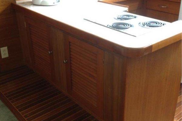 2001 Chris-Craft 47' Commander Flush Deck Lena Estelle | Picture 4 of 30
