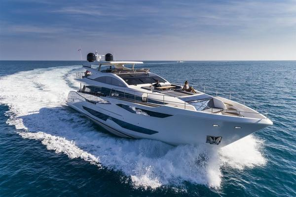2020 Pearl 95' Pearl 95  IN PRODUCTION | Picture 3 of 78