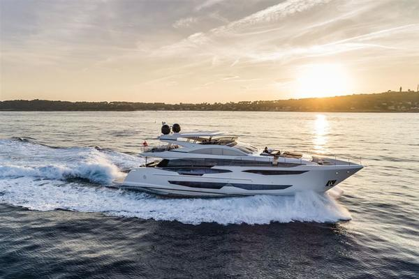 2020 Pearl 95' Pearl 95  IN PRODUCTION | Picture 2 of 78