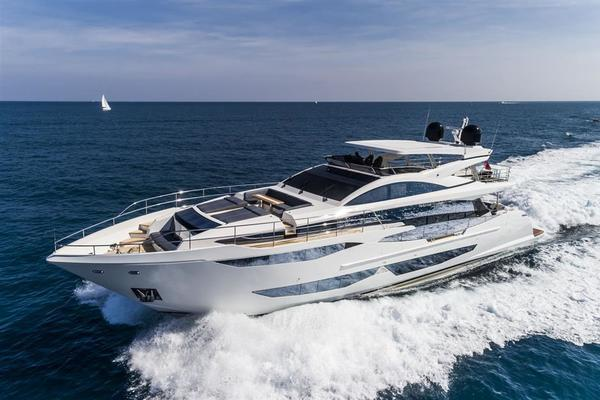 2020 Pearl 95' Pearl 95  IN PRODUCTION | Picture 8 of 78