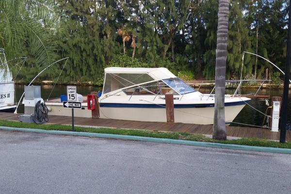 30-ft-Chris-Craft-1984-316 Commander-Little Boat Unknown Florida United States  yacht for sale
