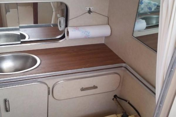 1984 Chris-Craft 30' 316 Commander Little Boat   Picture 8 of 16