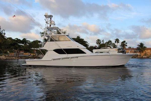 60' Hatteras Enclosed Bridge 2002 | El Bohemio