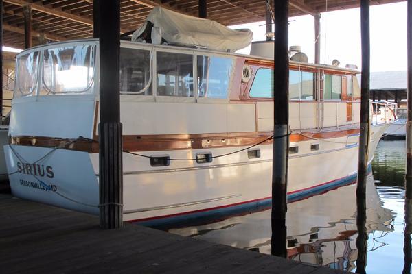 1973Trumpy 60 ft Houseboat   Sirius