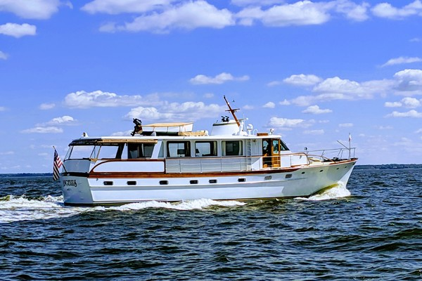 Picture Of: 63' Trumpy Houseboat 1969 Yacht For Sale | 4 of 30