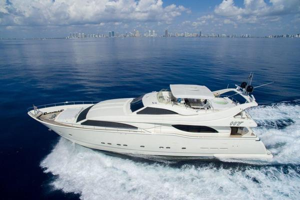 94' Ferretti Yachts Custom Line 94 2000 | 00z