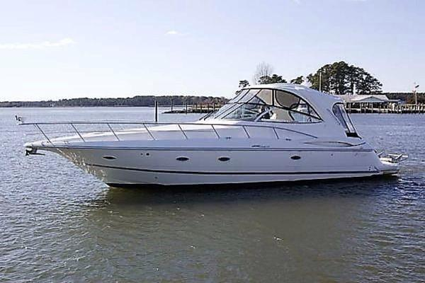 46' Cruisers Yachts 460 Express 2007 | Nautical Rose
