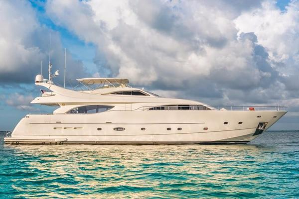 Ferretti Yachts 94' 2004 | PARADISE