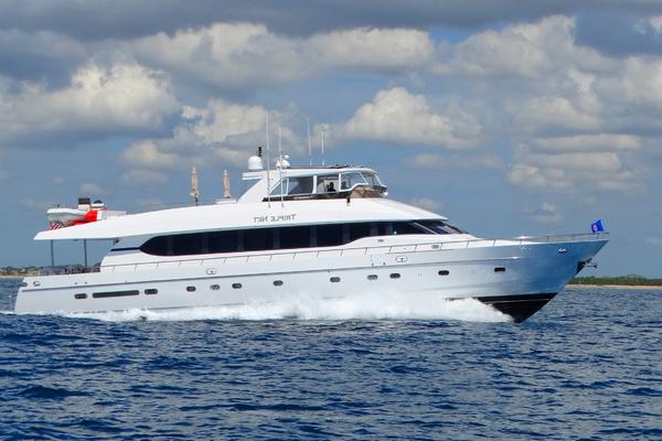 92' Monte Fino Motoryacht 2001 | TRIPLE NET