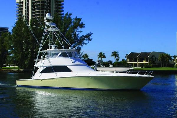 74' Viking Convertible 2006 | MAKARA