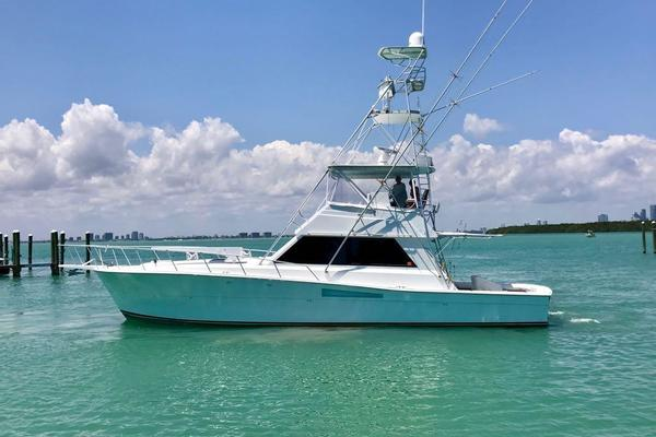 48' Viking 48 Convertible 1988 |
