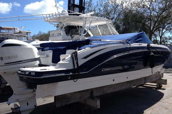 25' Chaparral 250 Suncoast 2015 | Chaparral 250 Suncoast