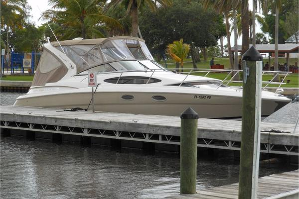 Regal 35' 3360 Window Express 2008
