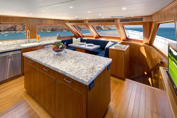 2021 Offshore Yachts 87' 87/92 Motoryacht  | Picture 6 of 13