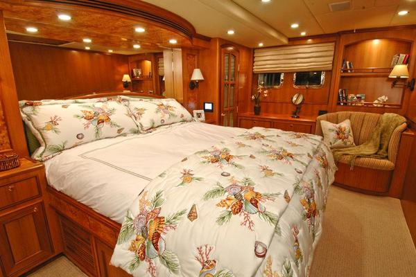 2021 Offshore Yachts 64' Voyager  | Picture 7 of 13