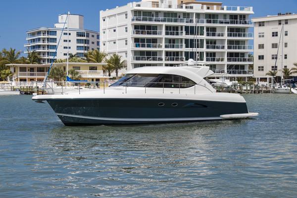 Riviera 4700