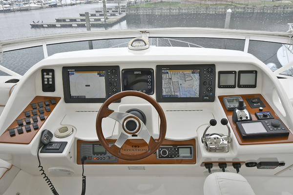 2009 Silverton 52' 52 Ovation King George | Picture 2 of 32