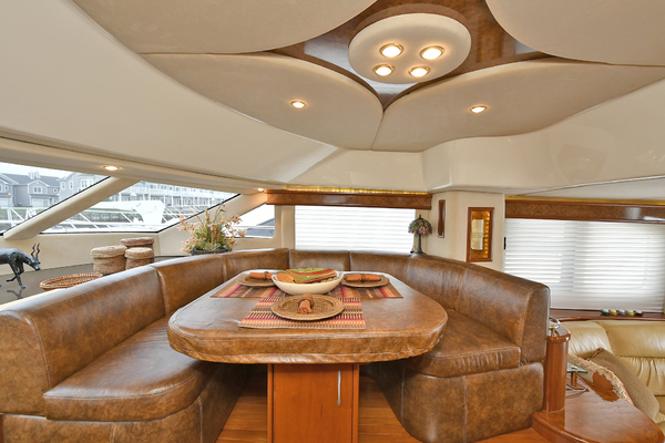 2009 Silverton 52' 52 Ovation King George | Picture 1 of 32