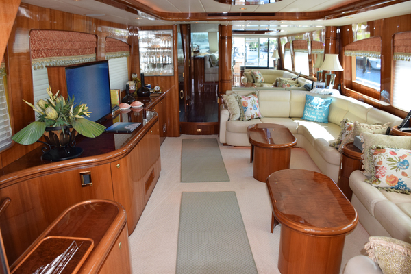 Picture Of: 76' Horizon 76' Open Flybridge 2005 Yacht For Sale | 3 of 75