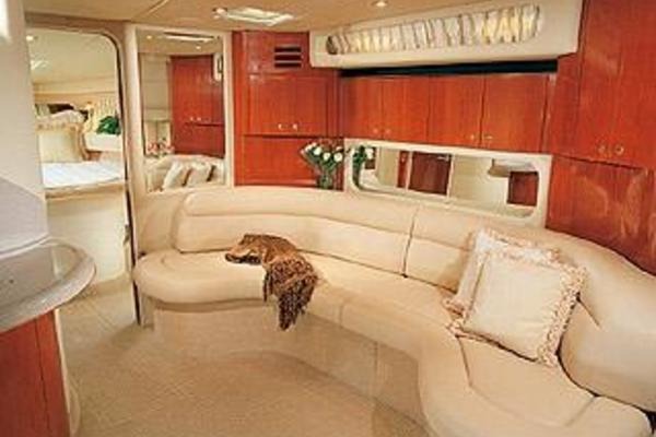2003Sea Ray 38 ft 380 Sundancer   By Golly