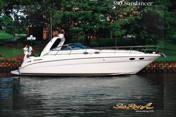 38' Sea Ray 380 Sundancer 2003 | By Golly
