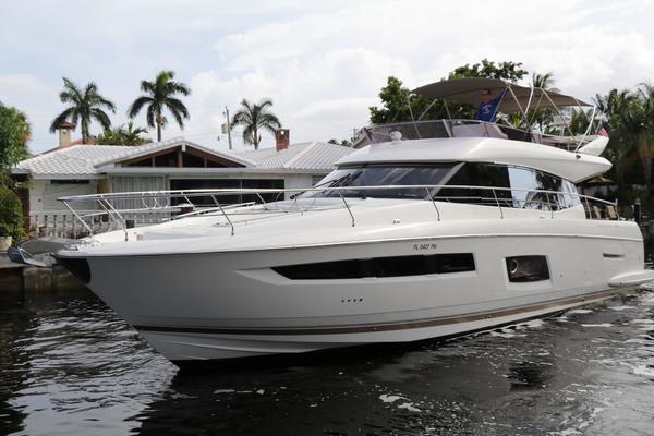 Prestige 55' 550 2015