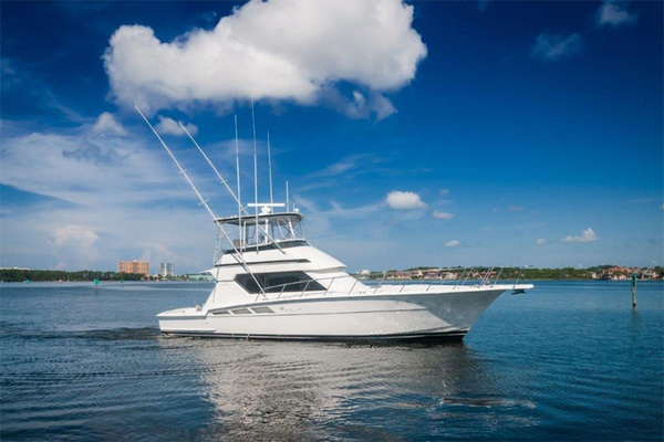 Hatteras Yachts for Sale Ranging from 40' to 50' | Galati Yachts
